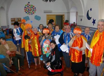 Los mayores de la residencia Jesús Nazareno protagonizan el Carnaval